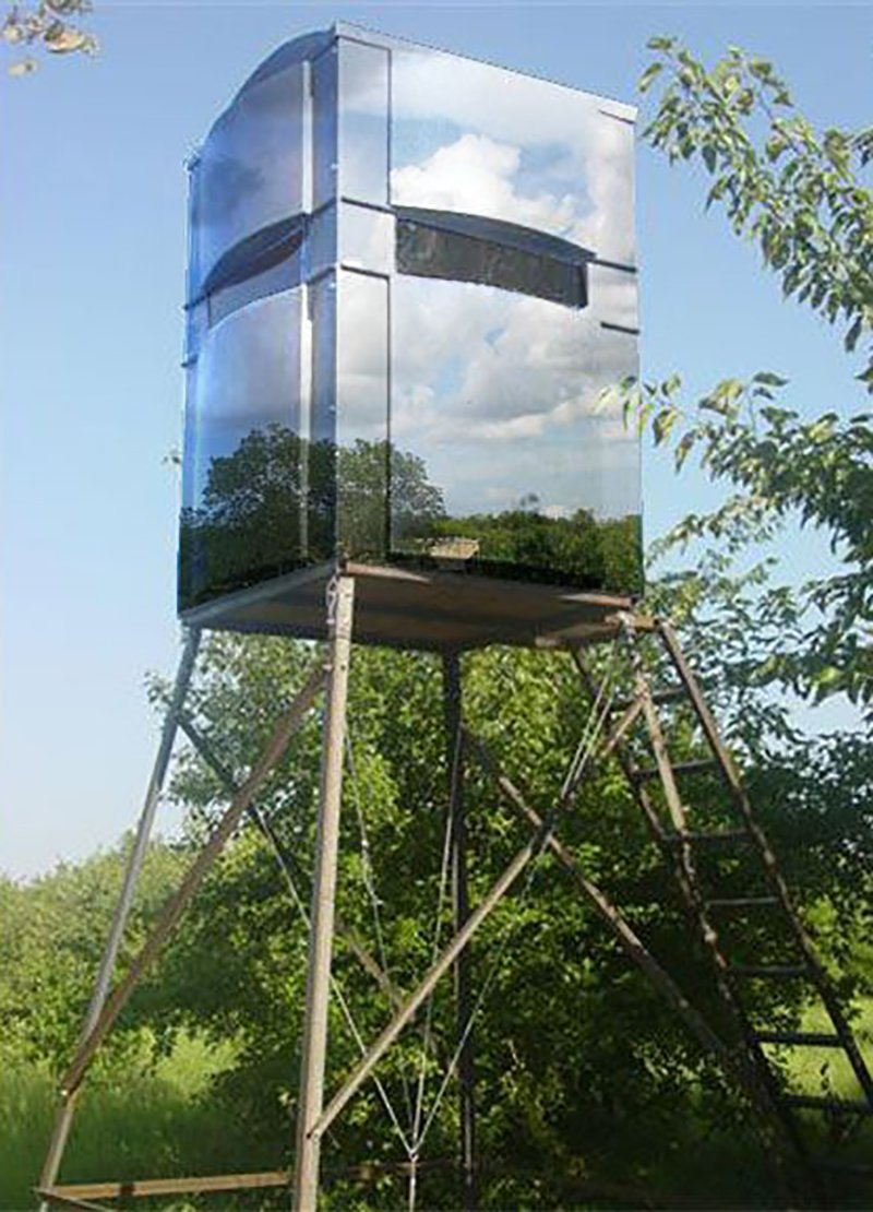 These 13 ridiculous custom deer stands actually happened for Inside deer blind ideas