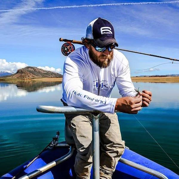 Huk performance fishing shirts kamos t shirt for Best fishing shorts