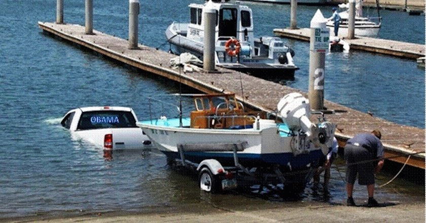 You Re Doing It Wrong 12 Priceless Boat Launch Fails