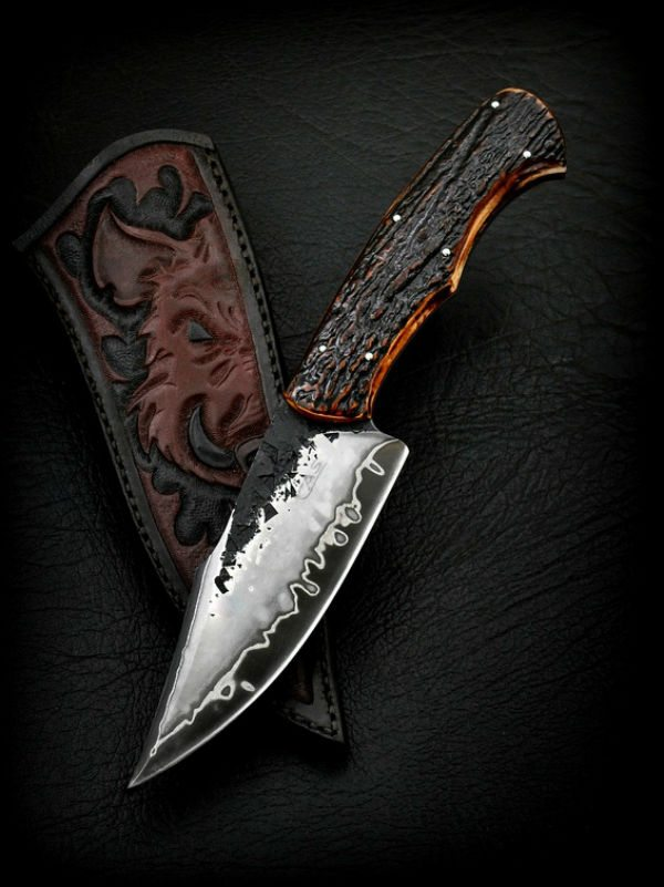 photos of stunning hunting knives that you 39 ll stare at for hours. Black Bedroom Furniture Sets. Home Design Ideas