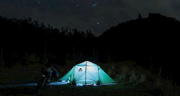 10 camping essentials